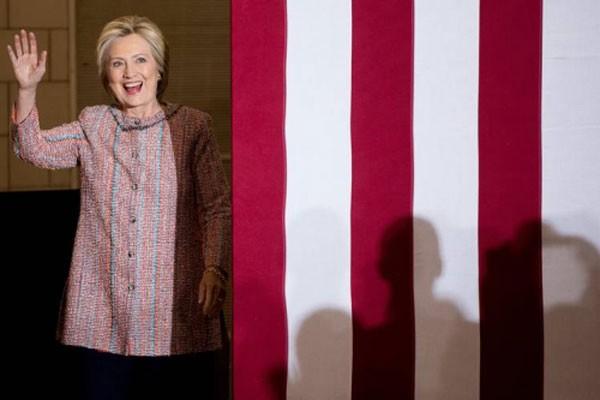 Bà Clinton tại Đại học North Carolina, Greensboro. Ảnh: AP