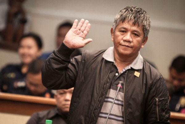 Edgar Matobato xuất hiện tại phiên điều trần thượng viện hôm qua. Ảnh: Rappler