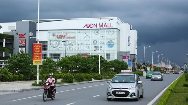 Hàng Việt ngày càng vắng bóng tại các siêu thị lớn. Ảnh: Gia Khoa