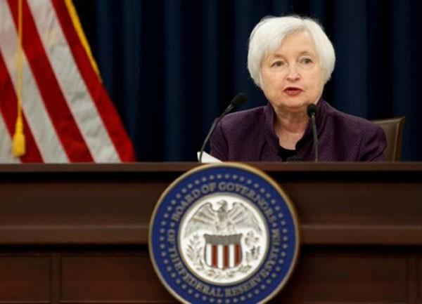 Chủ tịch Fed - bà Janet Yellen trong buổi họp báo sau phiên họp. Ảnh:Reuters