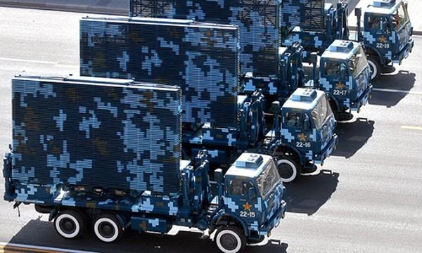 Các xe radar quân sự Trung Quốc trong một lễ duyệt binh. Ảnh:Chinanews