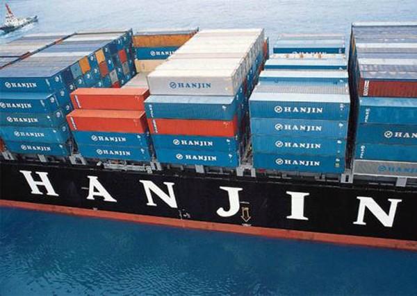 Rất nhiều container hàng hóa của doanh nghiệp Việt Nam vẫn còn lênh đênh trên các con tàu của Hanjin. Ảnh: joc.com