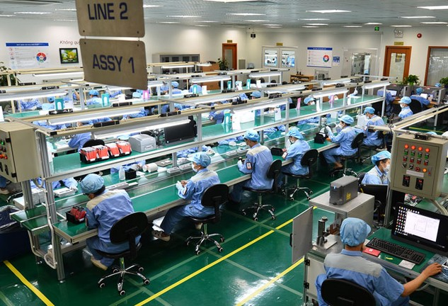 9 tháng đầu năm 2016, nhà đầu tư nước ngoài đã đầu tư vào 19 ngành; trong đó công nghiệp chế biến, chế tạo vẫn thu hút được nhiều sự quan tâm. Ảnh: Đức Thanh