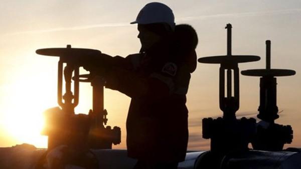 Các nước OPEC đều muốn kéo giá dầu lên. Ảnh: Reuters