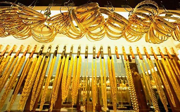 Giá vàng quốc tế hiện dao động trên dưới  1.340 USD. Ảnh: Telegraph.