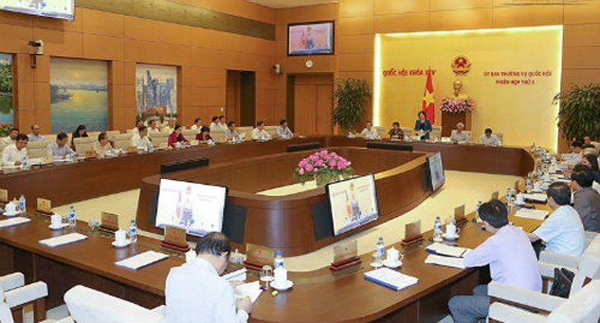 Ủy ban Thường vụ Quốc hội sẽ cho ý kiến về dự thảo Bộ luật hình sự (sửa đổi). Ảnh: Q.H