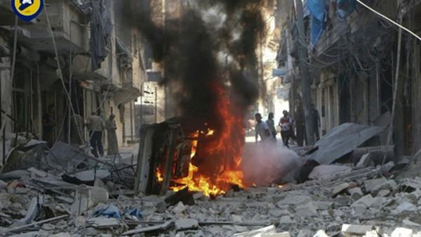 Hiện trường một vụ đánh bom ở Syria. Ảnh: AP