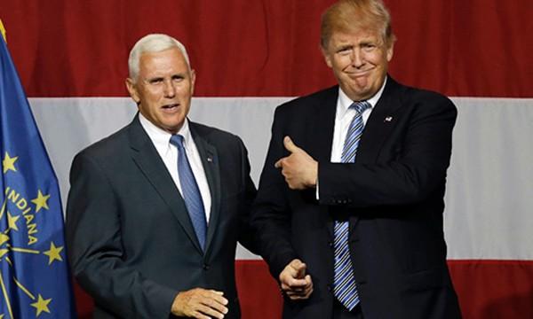 Ông Mike Pence, trái, ứng viên phó tổng thống của đảng Cộng hòa, và ông Donald Trump. Ảnh: CNN