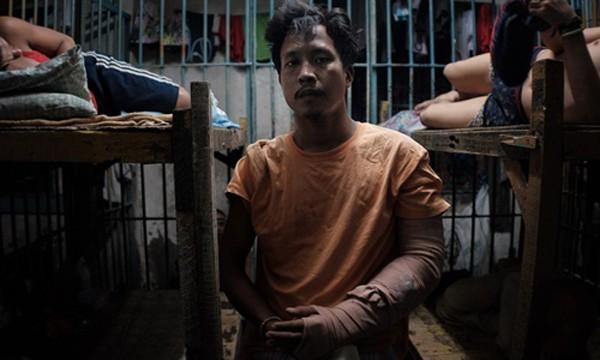 Francisco Santiago, 21 tuổi, tại buồng giam. Ảnh:Washington Post