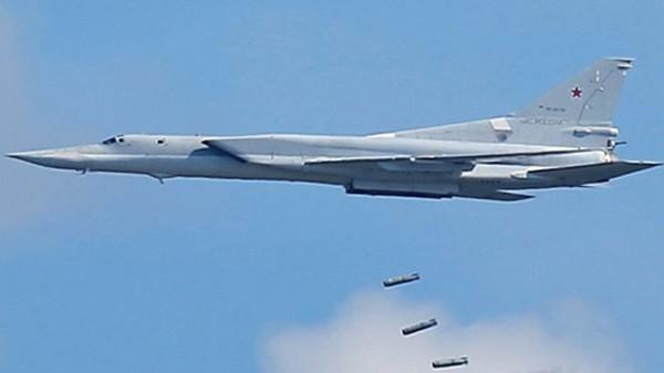 Một chiếc Tu-22M3 trong một cuộc diễn tập. Ảnh: Reuters