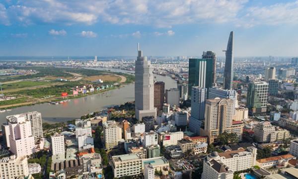 Nhiều tập đoàn, công ty lớn nước ngoài đang mạnh tay rót vốn vào thị trường bất động sản Việt Nam. Ảnh: Vũ Lê