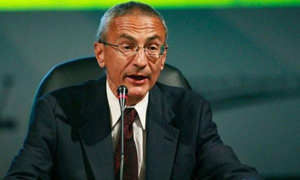 Ông John Podesta, Giám đốc chiến dịch tranh cử của bà Hillary Clinton. Ảnh: AP.
