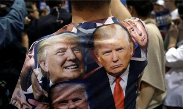 Một người ủng hộ Donald Trump tại Nevada. Ảnh: Reuters