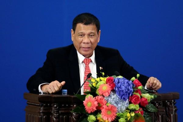 Tổng thống Philippines Rodrigo Duterte hôm nay phát biểu tại Diễn đàn Đầu tư và Thương mại Philippines - Trung Quốc tại Đại lễ đường Nhân dân ở Bắc Kinh. Ảnh:Reuters