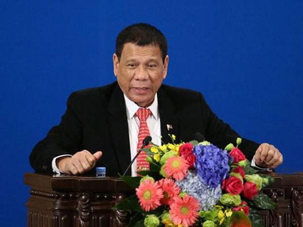 Tổng thống Rodrigo Duterte tại Trung Quốc hôm 20/10. Ảnh: Reuters