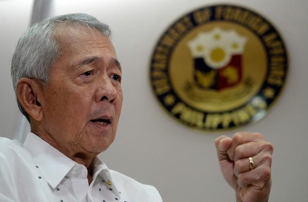 Ngoại trưởng Perfecto Yasay (Ảnh: AFP)