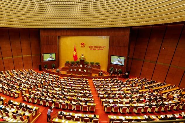 """Nhiều đại biểu Quốc hội đề nghị thiết kế những quy định chặt chẽ để loại bỏ tình trạng """"quân xanh quân đỏ"""" trong đấu giá tài sản. Ảnh: Việt Dũng"""