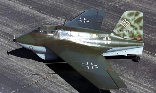 Một chiếc tiêm kích phản lực Me-163 của phát xít Đức. Ảnh: AAS