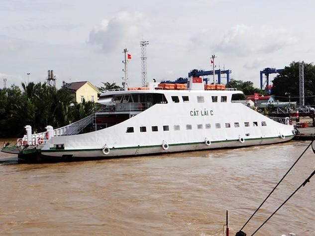 TP.HCM đề xuất xây dựng 2 cầu thay phà Cát Lái và phà Bình Khánh