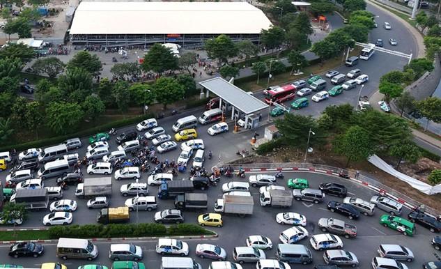 Chương trình giảm ùn tắc giao thông, giảm tai nạn giao thông là 1 trong 7 chương trình đột phá của TP.HCM. Ảnh: Đinh Tuấn