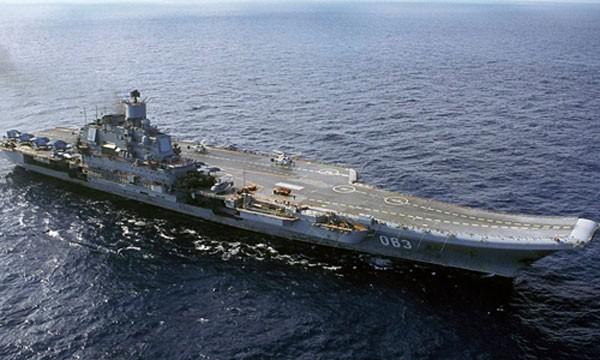 Tàu sân bay Đô đốc Kuznetzov của Nga. Ảnh: Reuters