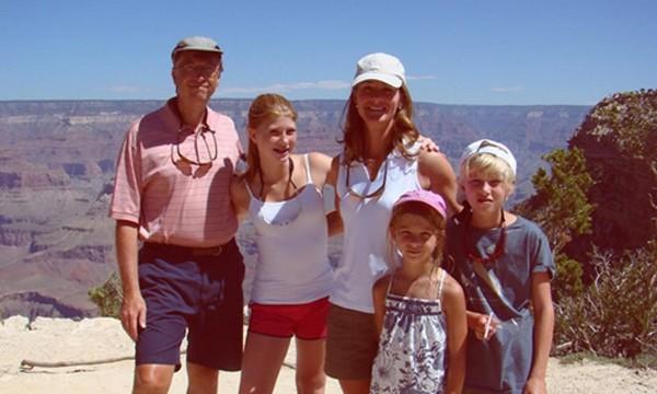 Gia đình Bill Gates trong một chuyến đi. Ảnh: Melinda Gates