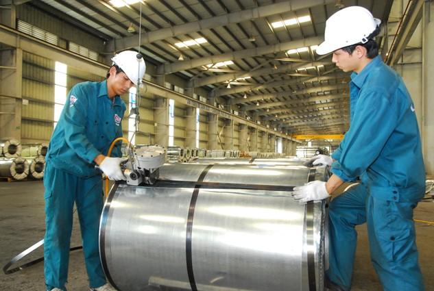 Doanh nghiệp Việt phải đứng vững trên sân nhà trước khi thâm nhập vào thị trường ASEAN. Ảnh: Lê Tiên