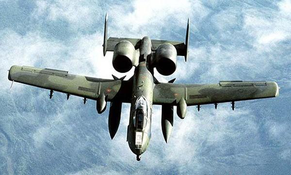 Cường kích A-10 Thunderbolt II của không quân Mỹ. Ảnh:Reuters