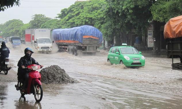 Yêu cầu đơn vị bảo trì đường bộ chủ động ứng phó với mưa lũ