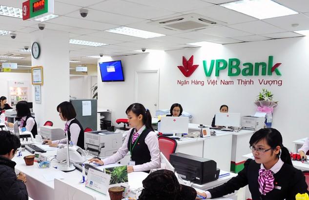 Sau 9 tháng của năm 2016, huy động vốn của VPBank đã tăng trưởng 9% so với thời điểm 31/12/2015. Ảnh: Đức Thanh