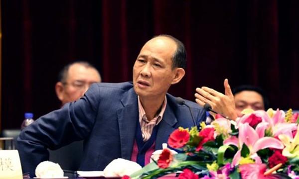 Tỷ phú Hoàng Như Luận. Ảnh: Reuters