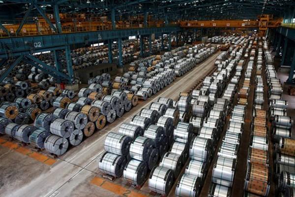 Các công ty Mỹ cho rằng đối thủ Trung Quốc đang lách thuế nhập khẩu thông qua Việt Nam. Ảnh: Reuters