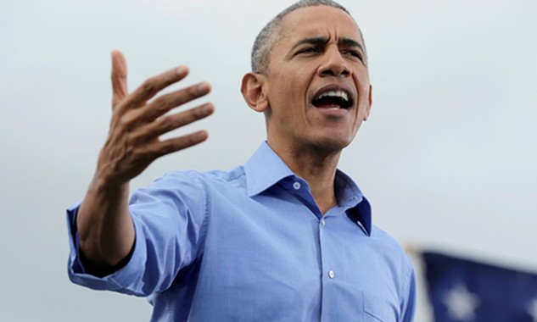 Tổng thống Mỹ Barack Obama phát biểu tại sự kiện vận động cho Hillary Clinton ở Kissimmee, Florida. Ảnh: Reuters.