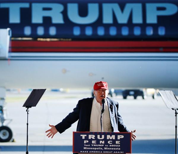 Nhiều người Việt bày tỏ lo ngại nếu ông Trump trở thành tân tổng thống Mỹ. Ảnh: Reuters