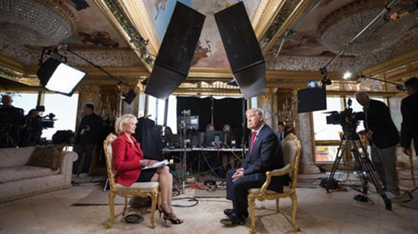 Tổng thống Mỹ đắc cử Donald Trump trả lời phỏng vấn người dẫn chương trình Lesley Stahl của đài CBS. Ảnh:CBS
