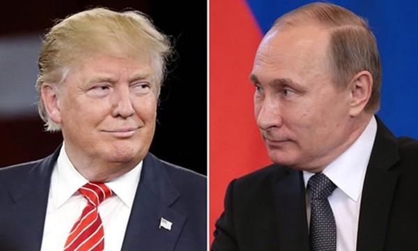 Tổng thống đắc cử Mỹ Donald Trump (trái) và Tổng thống Nga Vladimir Putin. Ảnh: Guardian.