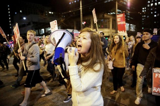 Người biểu tình phản đối kết quả bầu cử Tổng thống Mỹ. (Ảnh: Reuters)