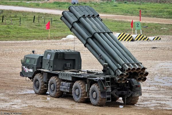 Xe phóng đạn của tổ hợp BM-30 Smerch. Ảnh:Vitaly V. Kuzmin.