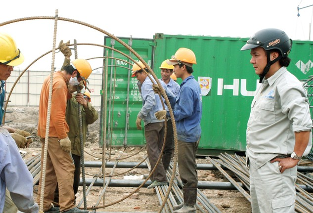 Kinh doanh dịch vụ tư vấn giám sát thi công xây dựng công trình là ngành, nghề đầu tư kinh doanh có điều kiện. Ảnh: Nhã Chi