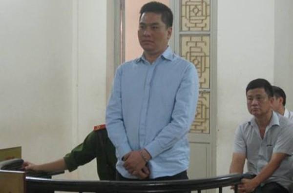Bị cáo Lê Trung Kiên tại phiên tòa. Ảnh: Báo ANTĐ