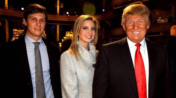 Từ phải qua: Trump, con gái Ivanka, con rể Kushner. Ảnh:AP