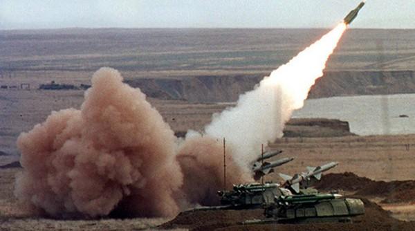 Lực lượng phòng không Ukraine tập trận bắn đạn thật. Ảnh:Reuters.