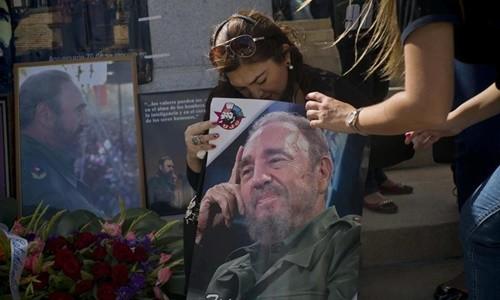 Thủ đô Havana, Cuba, chìm trong yên lặng trước sự ra đi của cựu chủ tịch Fidel Castro. Ảnh:AP