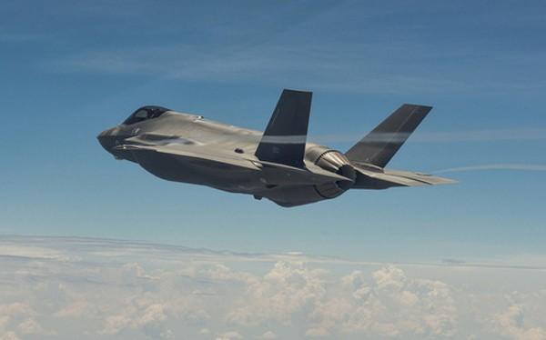 Chiếc F-35 đầu tiên của Israel trong quá trình thử nghiệm. Ảnh:Aviationist.