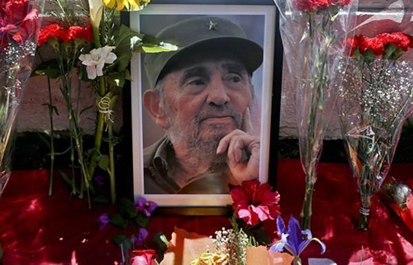 Fidel Castro, cựu chủ tịch Cuba, qua đời ở tuổi 90 hôm 25/11. Ảnh: AP