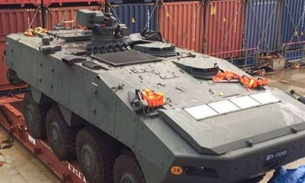 Xe bọc thép của Singapore bị Hong Kong giữ trên đường từ Đài Loan về. Ảnh:Reuters.