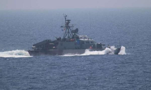 Một tàu chiến của Iran tại vùng Vịnh. Ảnh:Reuters