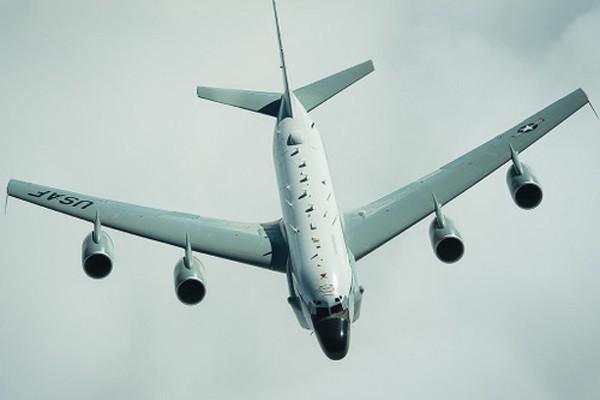 Máy bay RC-135V/W có khả năng xác định, do thám tín hiệu radio. Ảnh:Aviationist.