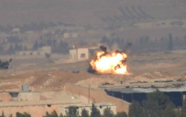 Chiếc Leopard 2A4 bị trúng đạn. Ảnh: Livejournal.