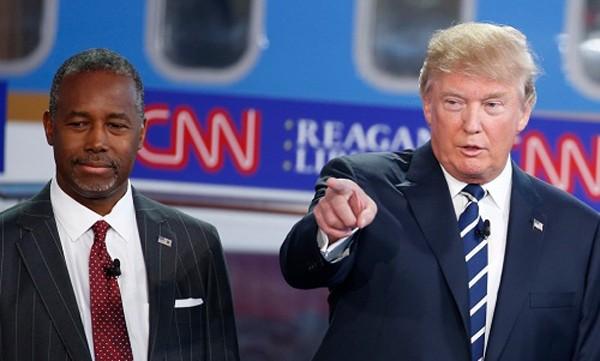 Tổng thống đắc cử Mỹ cùng Bộ trưởng Nhà ở và Đô thị tương lai Ben Carson. Ảnh:Reuters